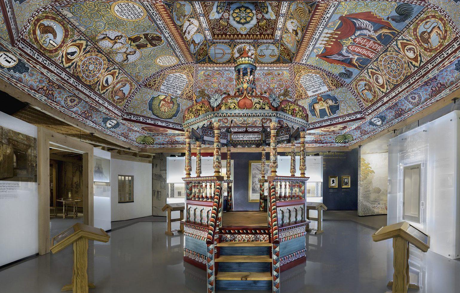 muzeum-historii-ydw-polskich_30371599156_o-e1532681293692
